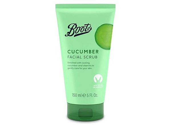EssentIals Cucumber Facial Scrub For All Skin Types