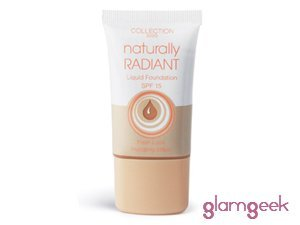 Collection Naturally Radiant Foundation.