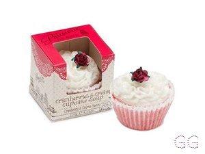 Patisserie de Bain Cranberries and Cream Soap Cake