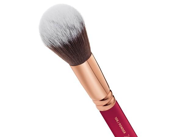 Powder Brush (106)