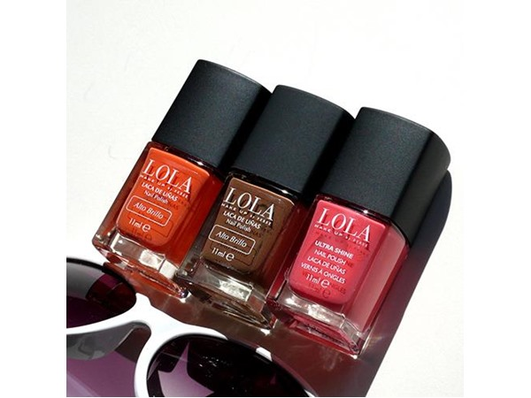 LOLA Make Up Nail Polish