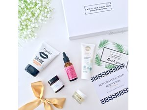 Skin Organics Clean Beauty Box Skin Organics Clean Beauty Box