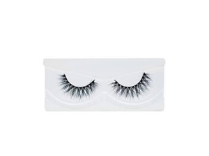 Land of Lashes Luxury Range