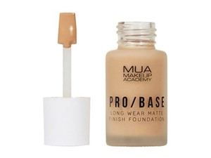 Pro Base Long Wear Matte Finish Foundation