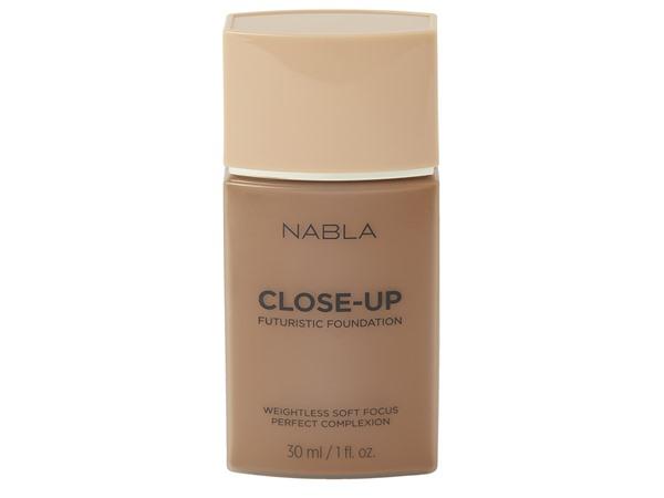 NABLA Close Up Futuristic Foundation