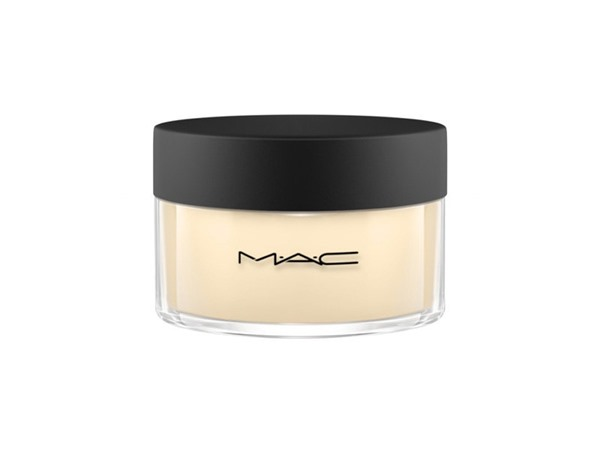 MAC Studio Finish Face Powder