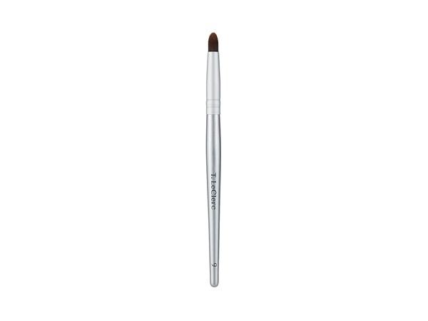 T. LeClerc Eyeshadow Brush N°9